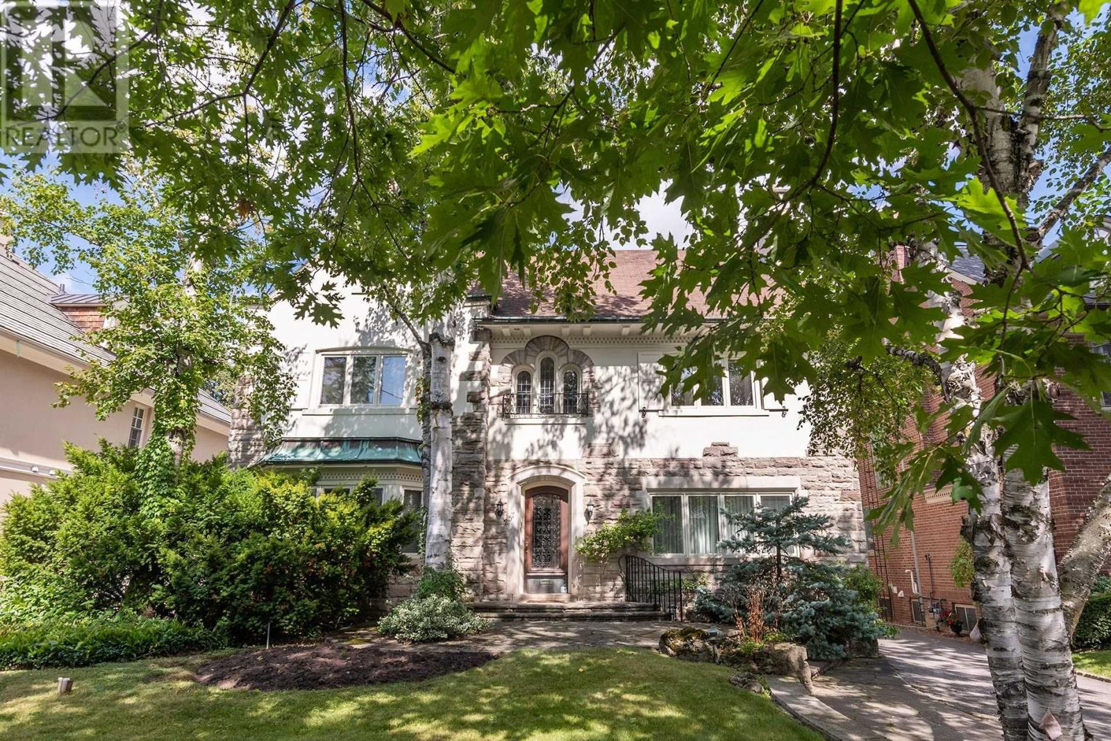 Quick sale for condo in Toronto's famed Hemingway building